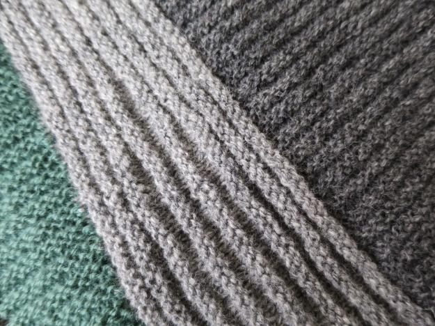 grå tröja 3