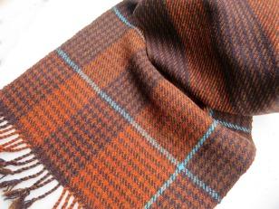 brun halsduk 3